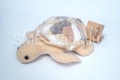 PEL003-Peluche-Tortoise-Polly-Ester-Ltd-Mr-Matthieu-Ducasse-Tel-6772825-57474048-pollyestherltd@myt.mu-1